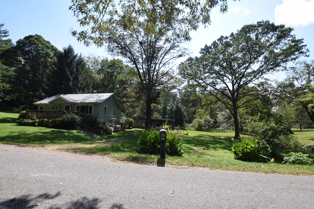 34 Edgewood Drive, Arden NC 28704