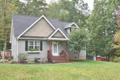 102 Old Newfound Rd, Leicester, NC 28748